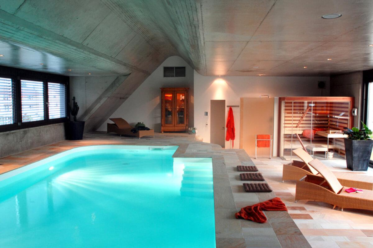 Individuelle Schwimmbäder vom Profi - Elbio GmbH